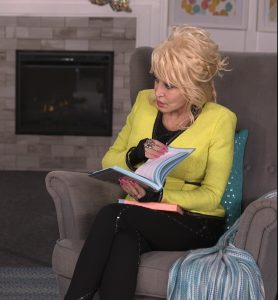 Dolly Parton Believes In God and In Helping Others