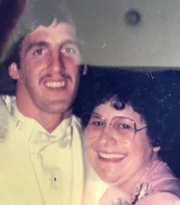 Super Bowl Champion Quarterback, Jeff Hostetler and his mom during Jeff's wedding