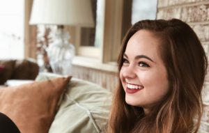 YouTuber and BeautyliciousInsider, Chelsea Crockett joins Jesus Calling podcast