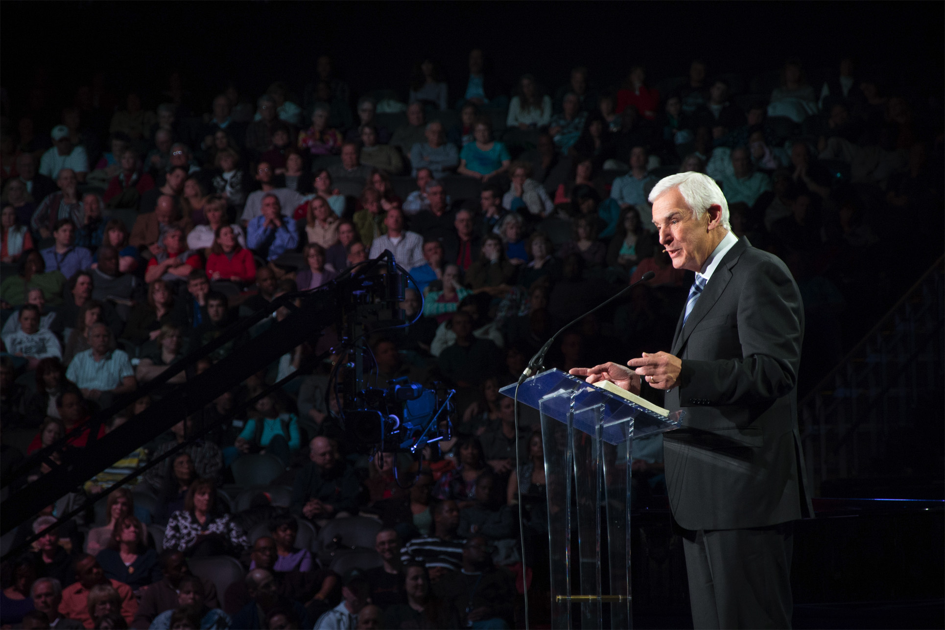 Dr. David Jeremiah preaching to audience of listeners on God's faithfulness through life's hardest battles
