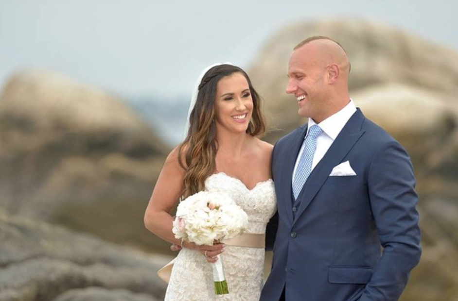 Mark & Danielle Herzlich wedding photo_as featured on the Jesus Calling podcast