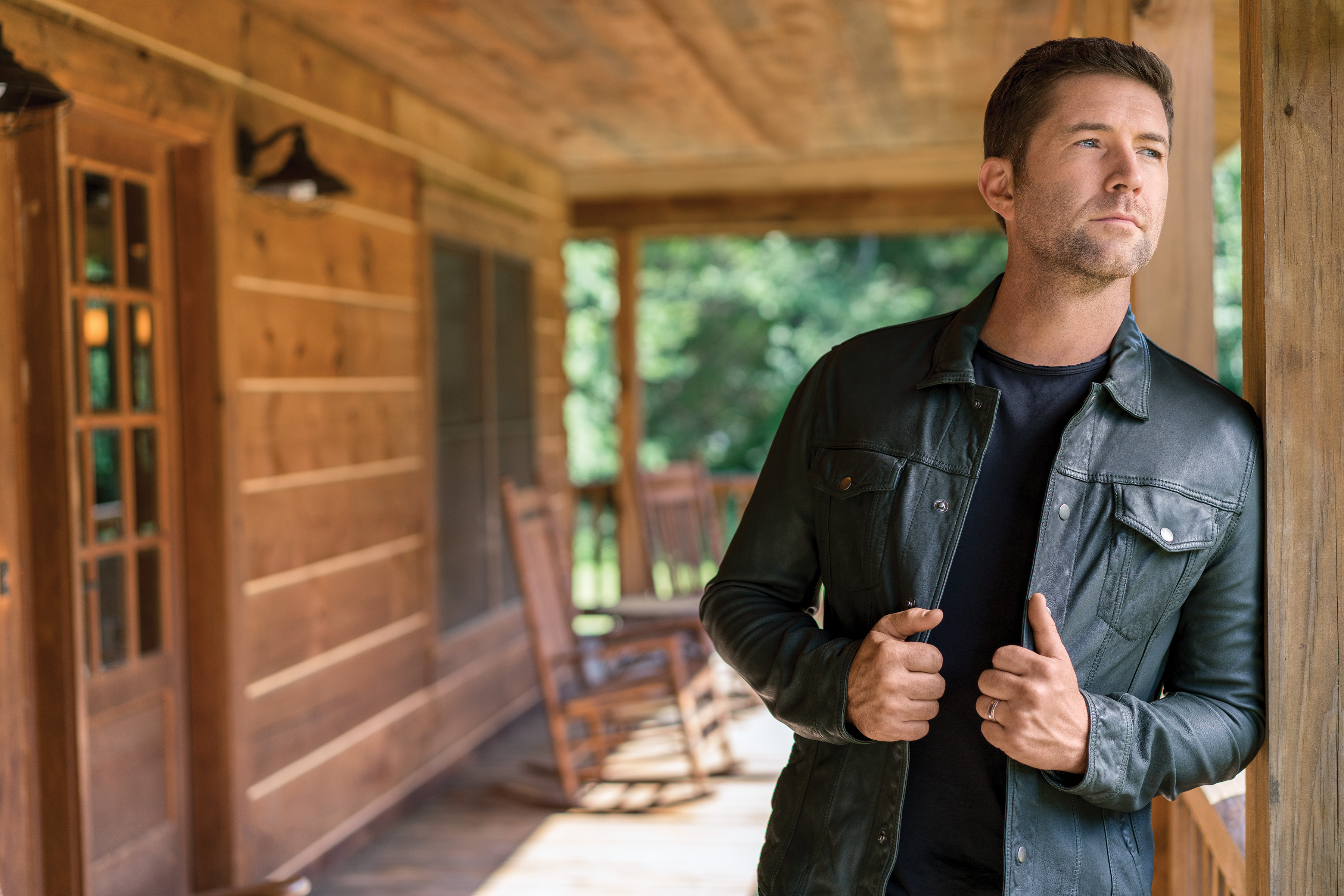 Josh Turner joins Jesus Calling podcast to talk about his new Gospel Album