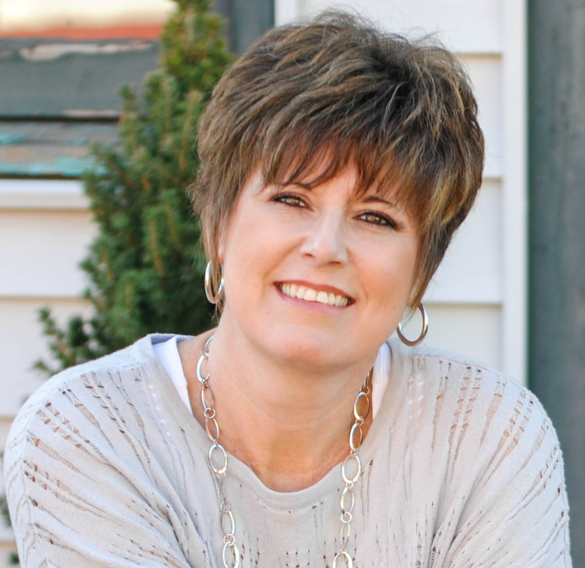 Author, Wendy Pope from Proverbs 31