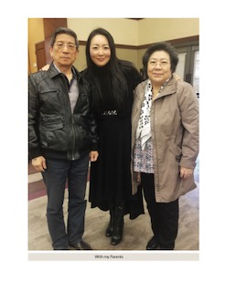 Helena Cho and her parents