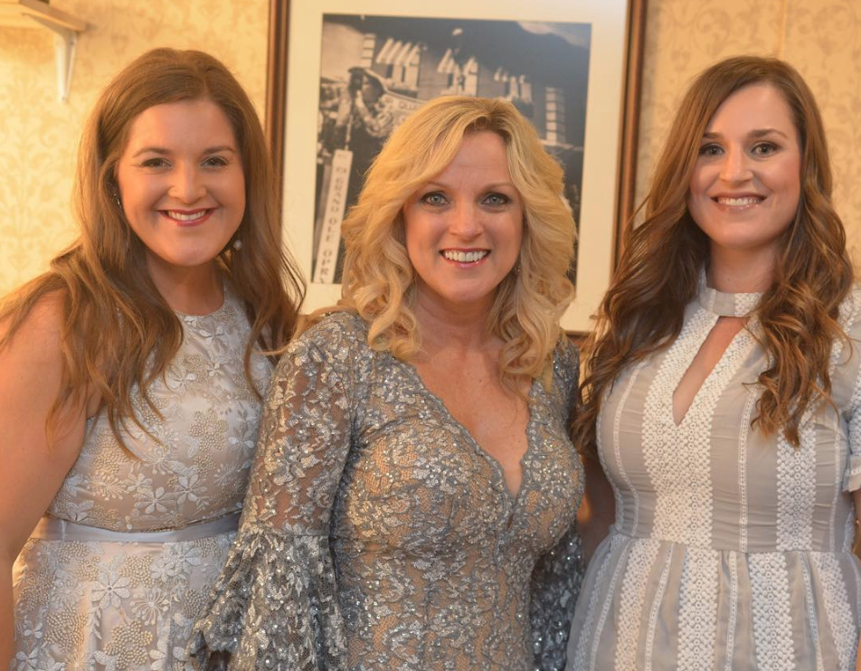 Bluegrass queen, Rhonda Vincent and her daughters as highlighted on the Jesus Calling podcast