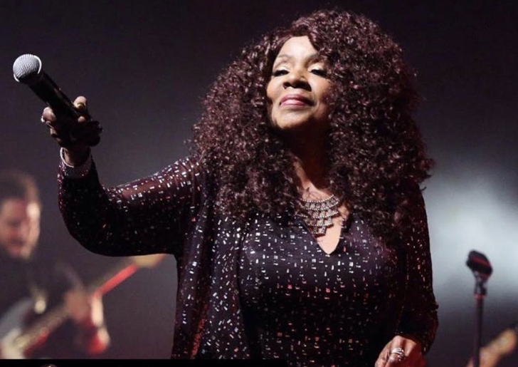 Jesus Calling podcast #166 featuring Gloria Gaynor