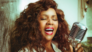 """Gloria Gaynor: """"I Will Survive"""" and How Faith Has Kept Her Going"""