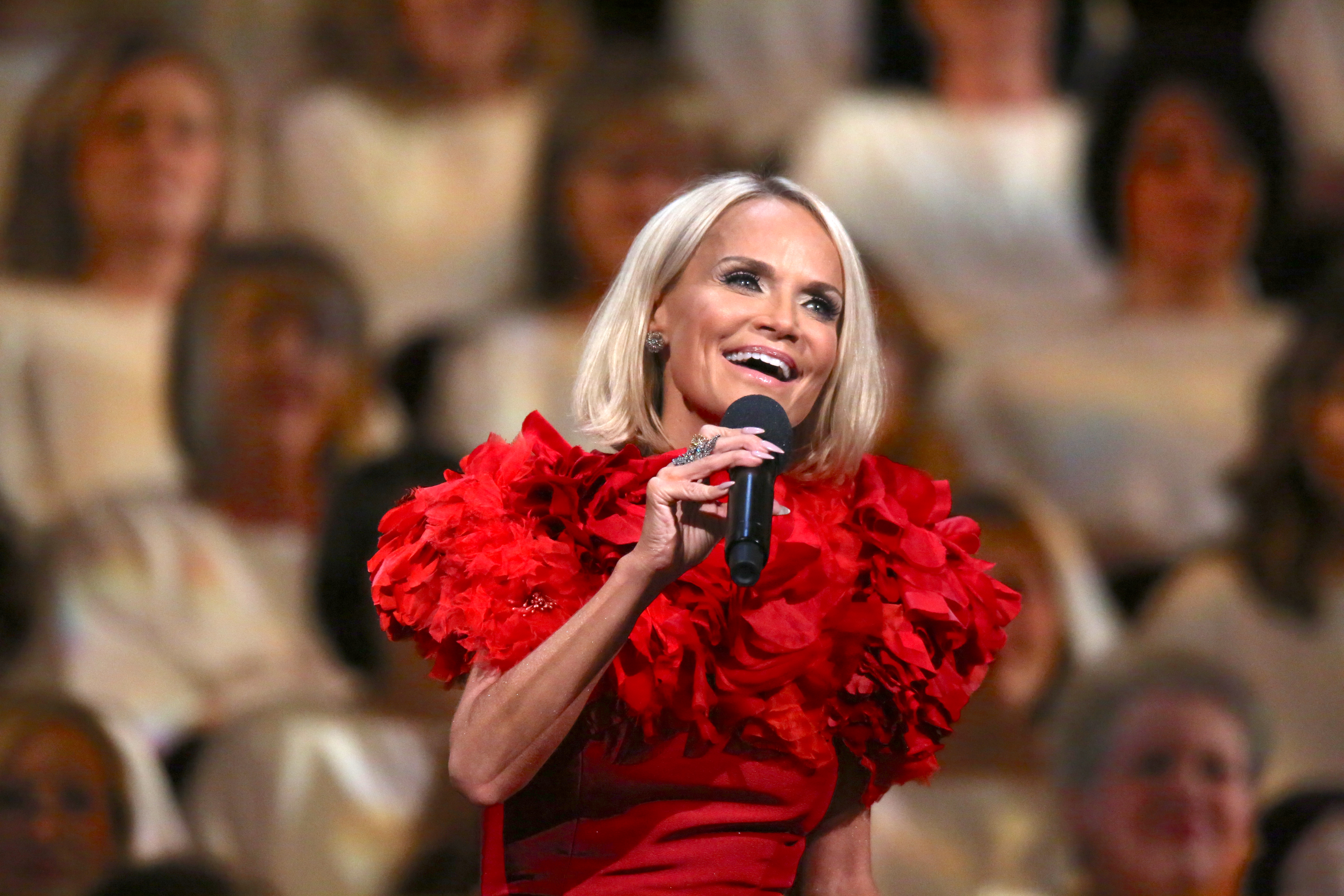 Jesus Calling podcast #174 - featuring Kristin Chenoweth singing here with the Brooklyn Tabernacle Choir's Christmas special