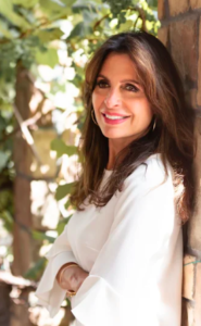 Jesus Calling podcast #193 with Lisa Bevere discussing her new devotions book, STRONG